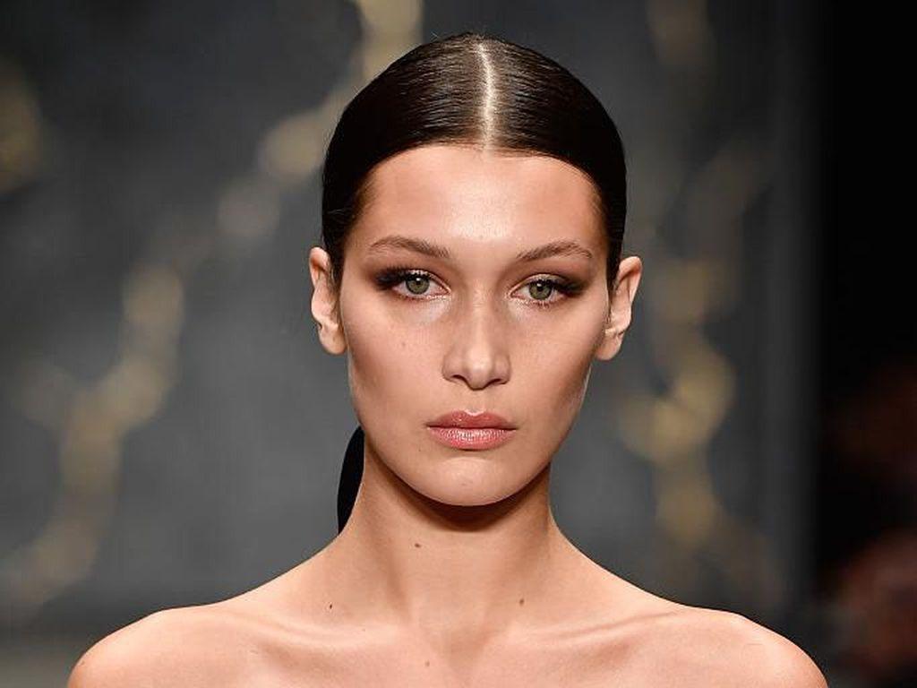 Transformasi Bella Hadid, Wanita dengan Wajah Paling Sempurna di Dunia