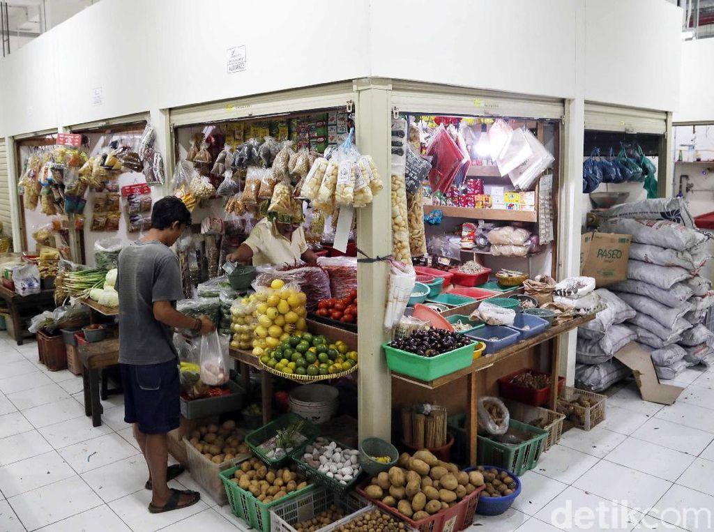 Kios di Bawah Rusunawa Pasar Rumput Mulai Beroperasi
