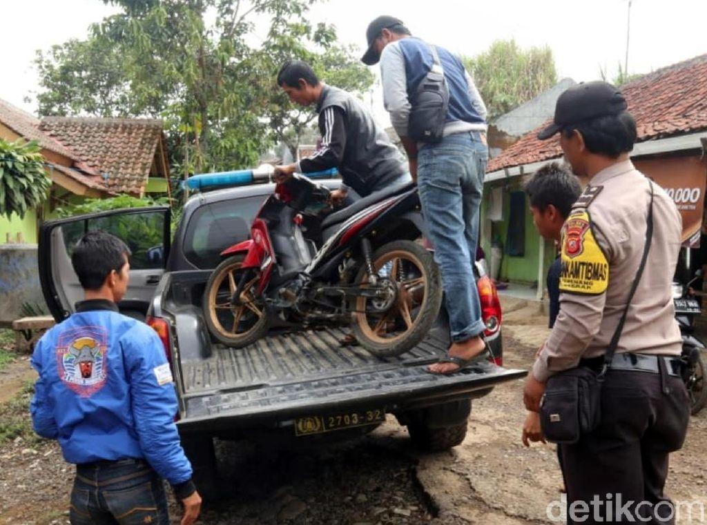 Alkisah Maling Ayam di Sukabumi: Kepergok Warga, Ketakutan, Motor Ditinggal