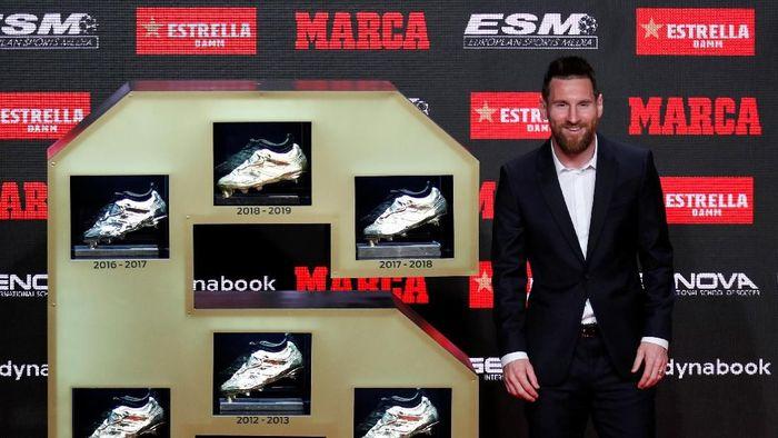 Lionel Messi tak mau dicap sombong seperti Ronaldo dan Ibrahimovic (Albert Gea/REUTERS)