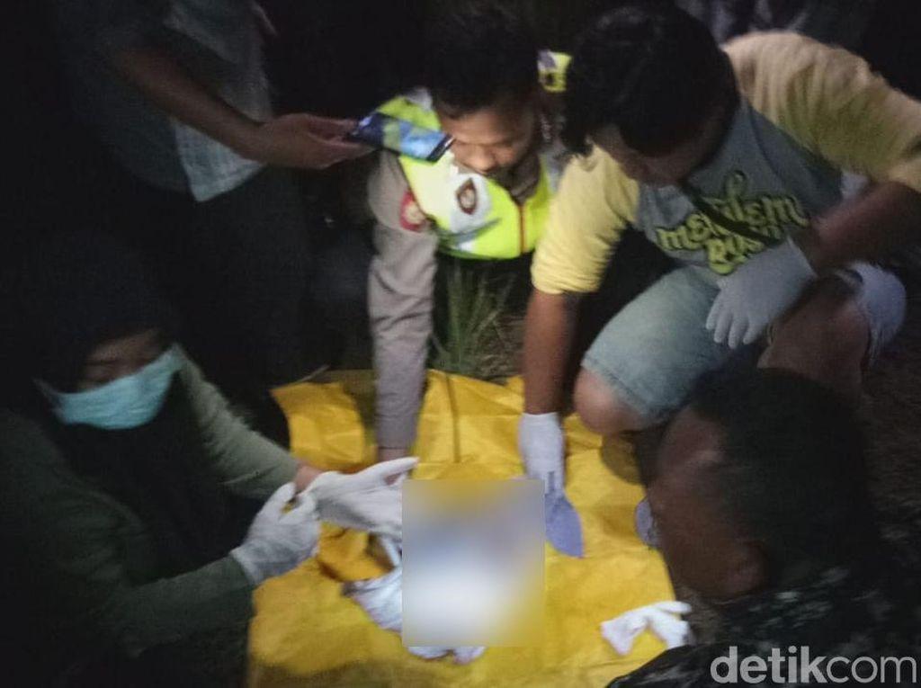 Warga Banyuwangi Digegerkan Penemuan Janin Bayi di Lahan Kosong