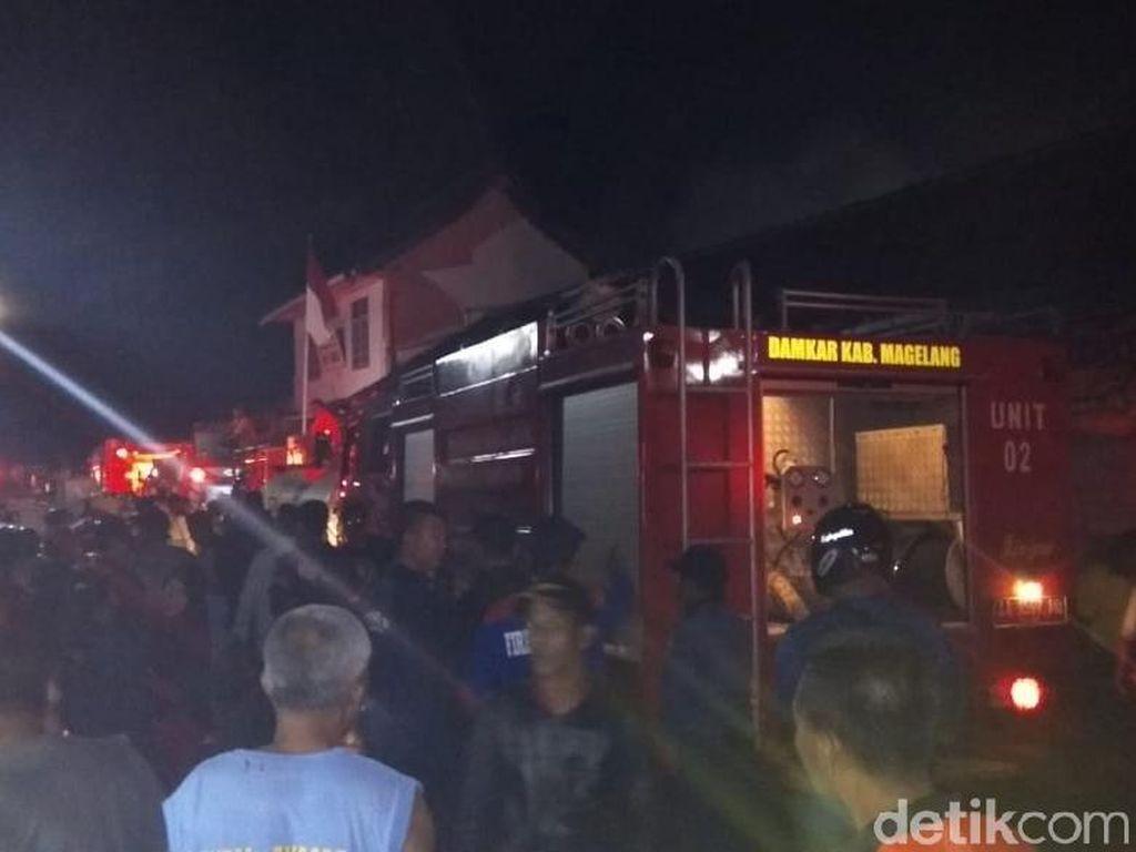 Kebakaran Pasar Mungkid Magelang, 16 Mobil Damkar Dikerahkan