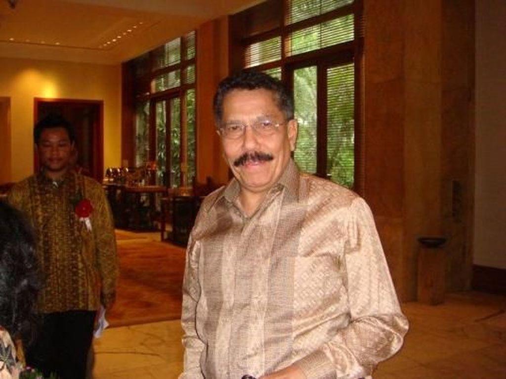 Mantan Dubes RI dan Wartawan Senior August Parengkuan Tutup Usia