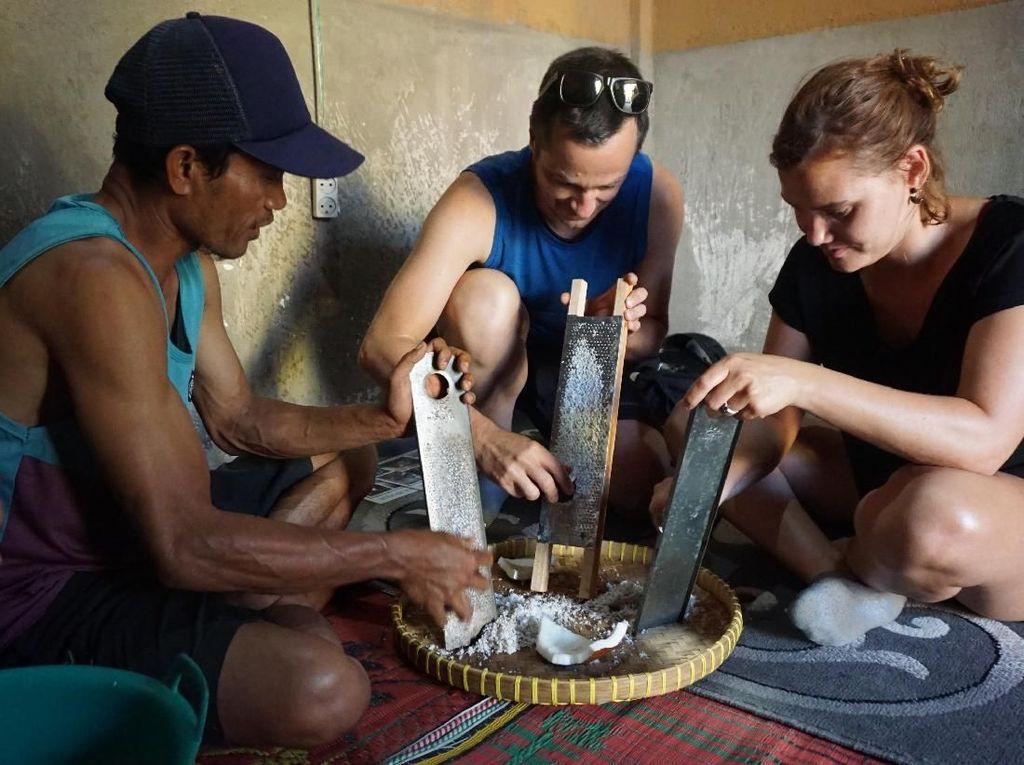 Wisata Lombok Timur Tak Hanya Jual Alam, Tapi Aktvitas Masyarakat
