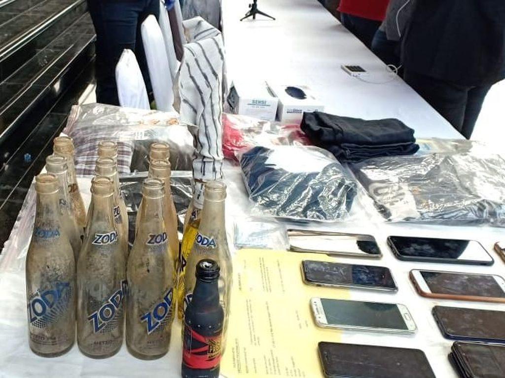Eksekutor Ricuh Aksi Lempar 7 Bom Molotov ke Polisi di Demo 24 September