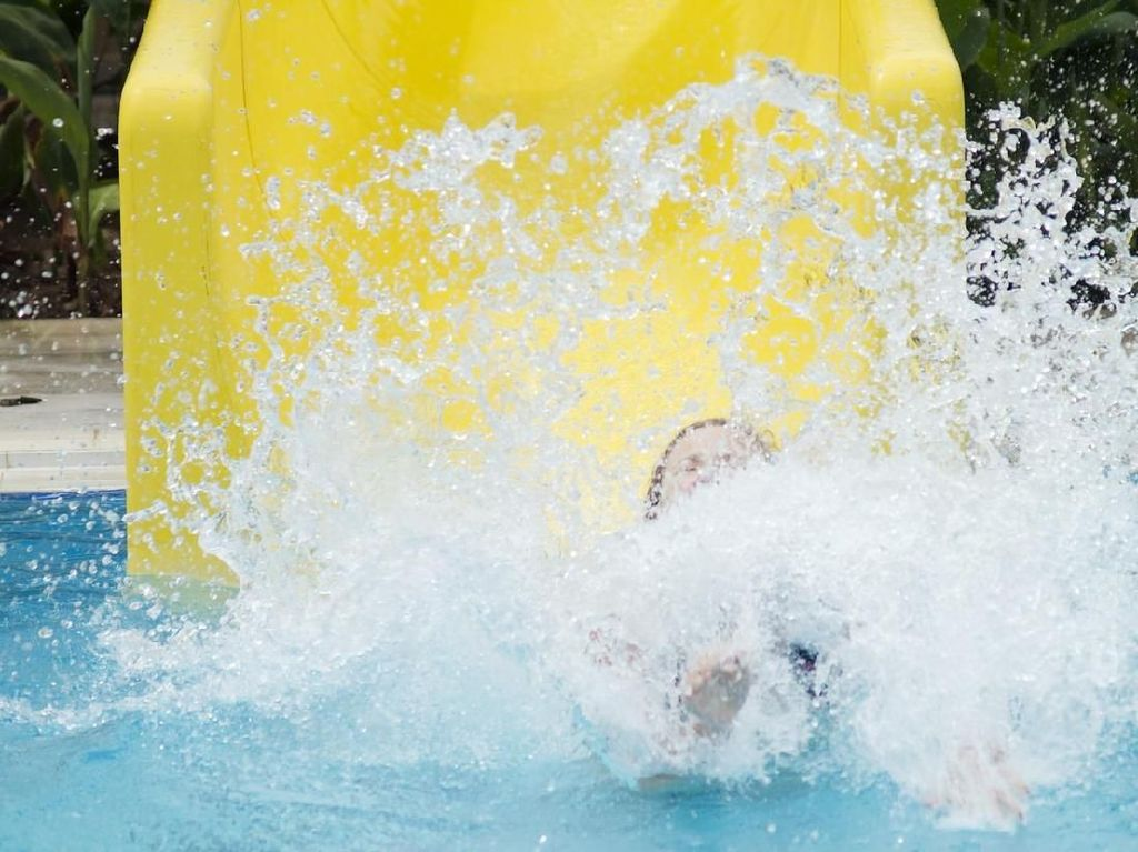 Viral Cerita Kulit Anak Melepuh Usai Berenang di Kolam