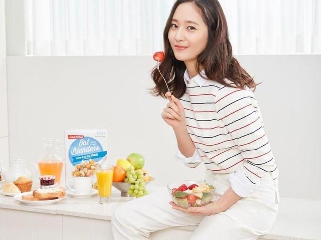 Kulineran Si Cantik Krystal Jung, Artis Sekaligus Sahabat Sulli