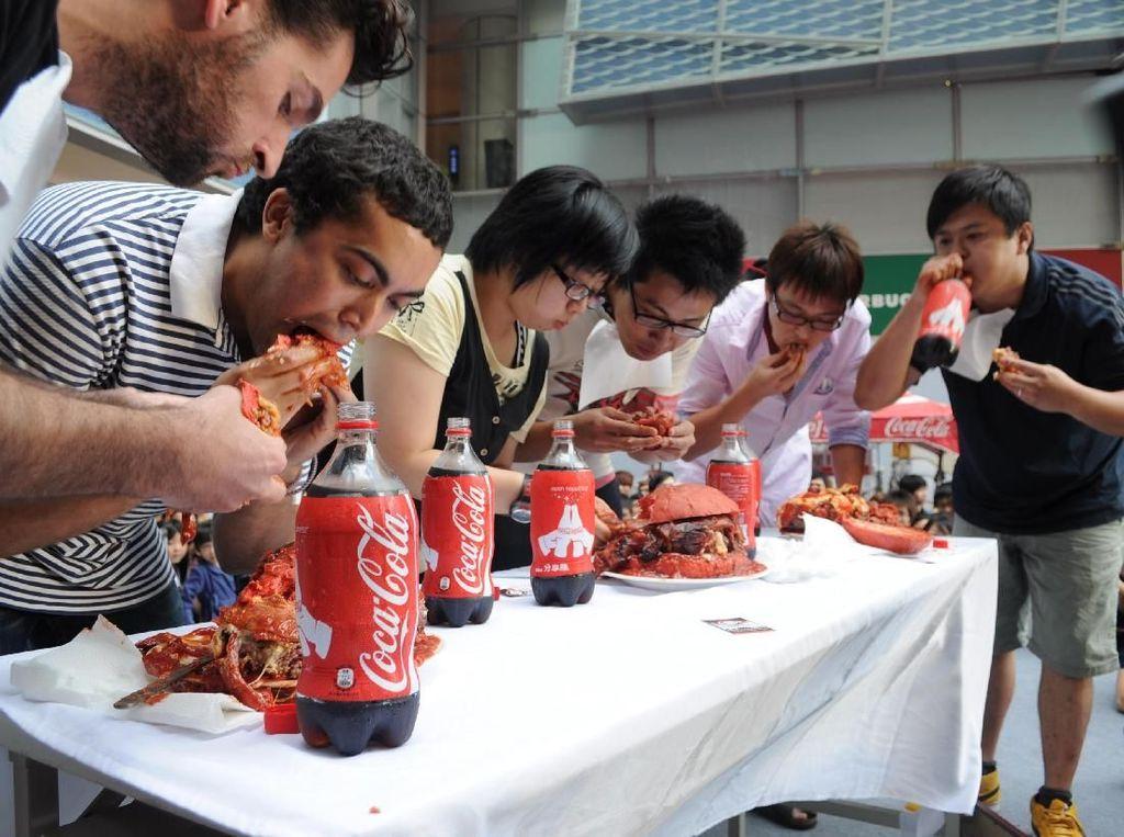 Seram! Kompetisi Makan Ini Berujung dengan Kematian Tragis