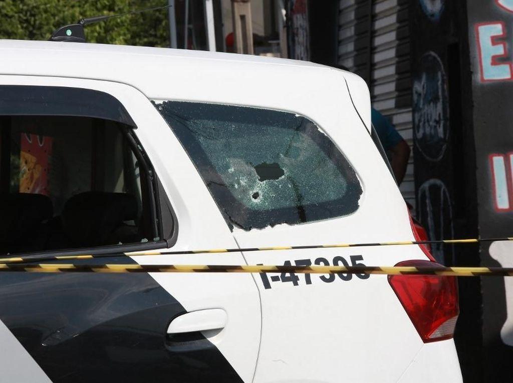 Cara Pasang Kaca Film Anti Peluru pada Mobil Berbeda Lho...