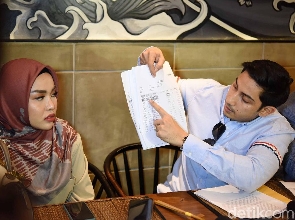 Medina Zein Cerita Kronologi Irwansyah Diduga Gelapkan Rp 1,9 M