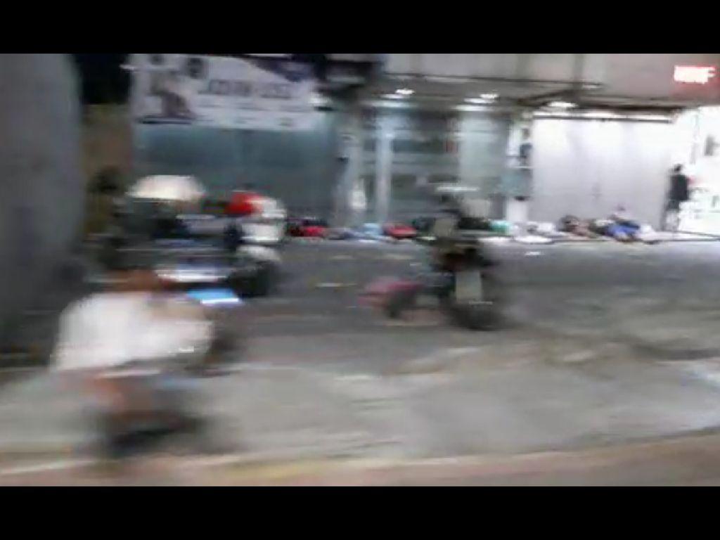 Viral Video Sekelompok Orang Tidur di Jalanan Jaksel, Polisi: Bukan Massa Demo