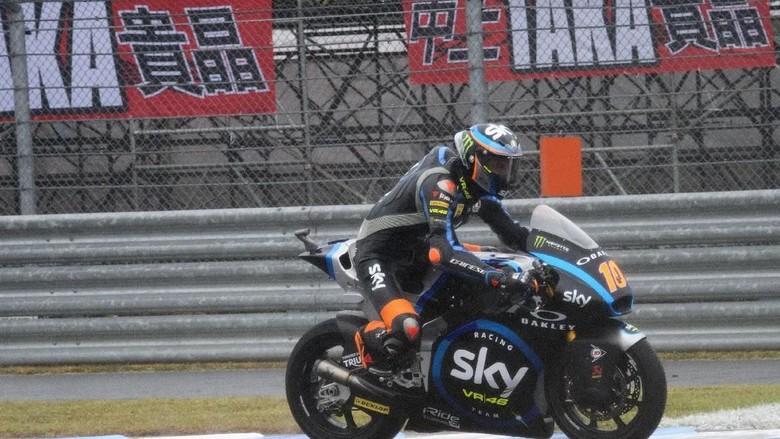 Luca Marini dari Tim SKY Racing Team VR46 Foto: Mirco Lazzari gp/Getty Images