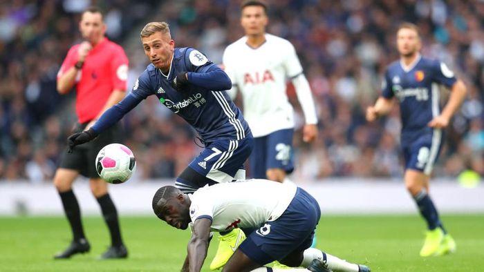 Gol cepat Abdoulaye Doucaoure membuat Tottenham Hotspur tertinggal 0-1 dari Watford di babak pertama (Foto: Catherine Ivill/Getty Images