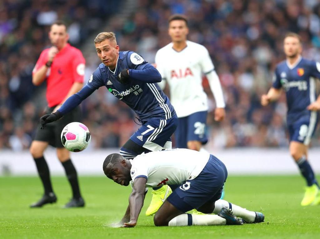 Tottenham Tertinggal 0-1 dari Watford di Babak Pertama