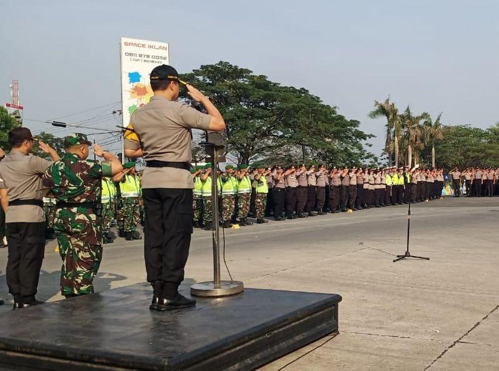 Kawasan Industri di Bekasi Dijaga Ketat TNI-Polri Jelang Pelantikan Presiden