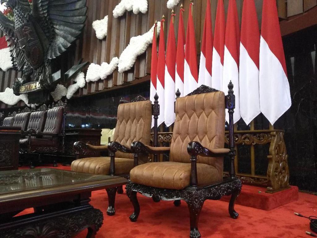 Kursi Spesial Jokowi-Maruf dari Jepara Saat Pelantikan