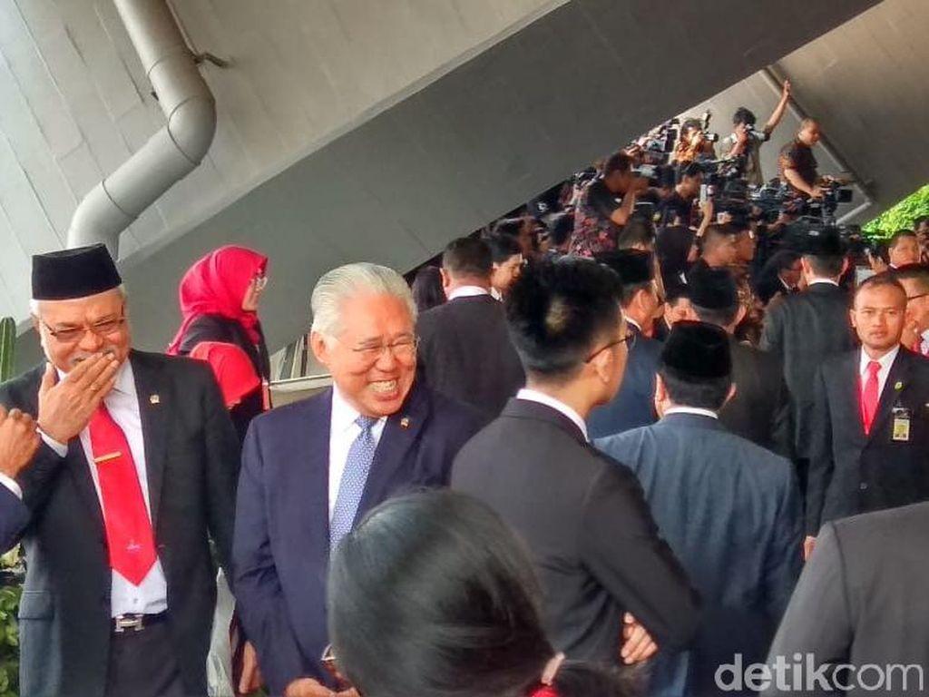 Sri Mulyani hingga Jonan Hadiri Pelantikan Jokowi-Maruf