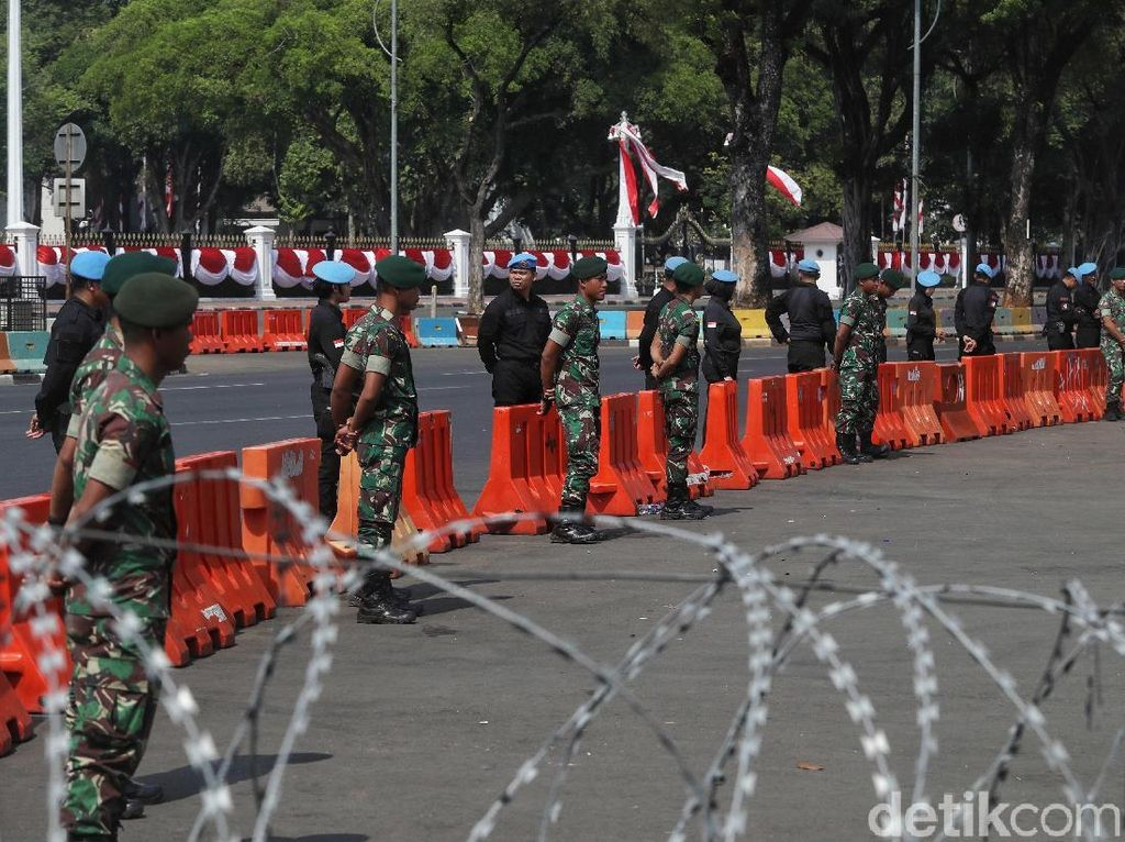 Pengamanan Pelantikan Presiden di Istana dan Monas