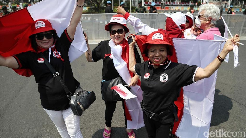 Relawan Jokowi Mulai Datangi Monas