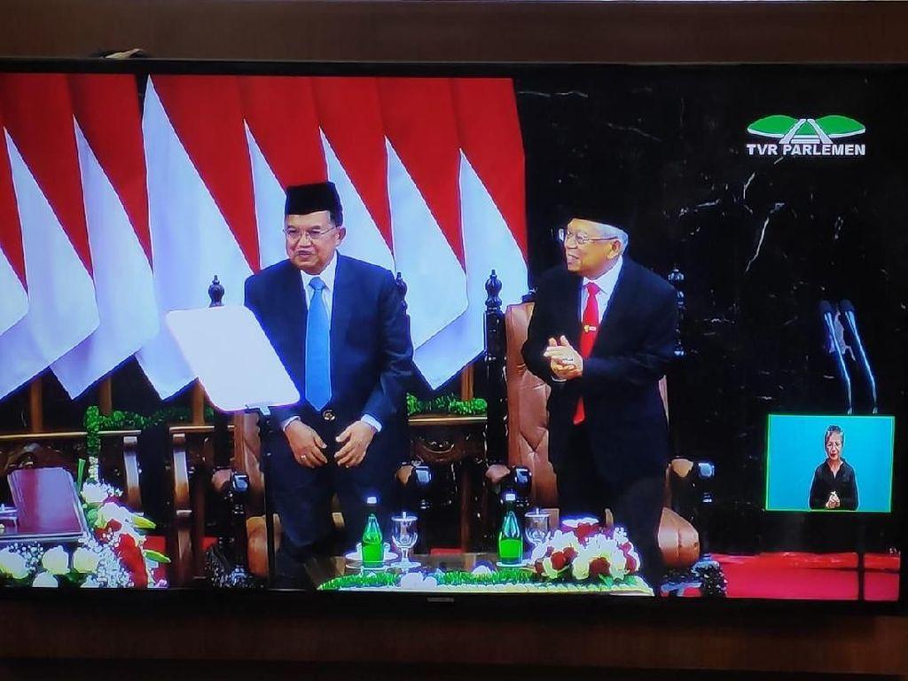 Sambutan Hangat MPR untuk JK Saat Pelantikan Jokowi-Maruf