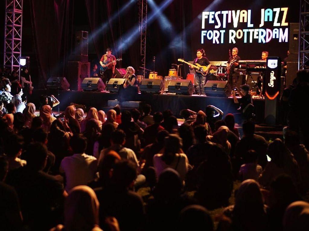 Konser Jazz Syahdu Digelar di Benteng Bersejarah Makassar