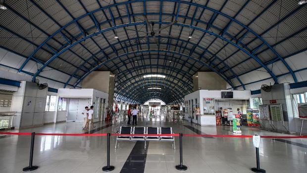 Stasiun Palmerah tidak melayani penumpang. (