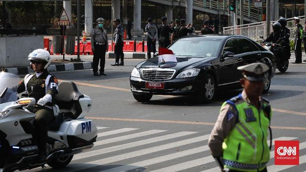 Pengamanan rombongan Presiden Jokowi. (