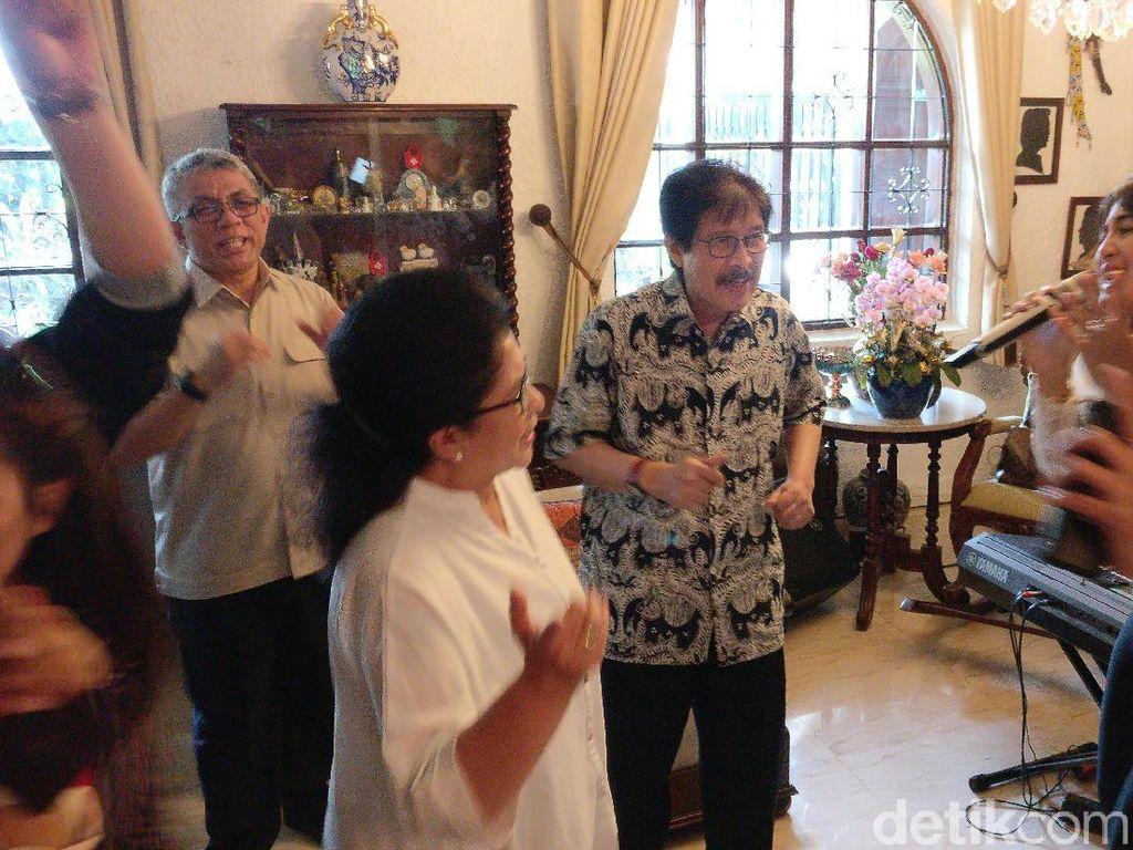 Jelang Pengumuman Kabinet, Nila F Moeloek Perpisahan dengan Wartawan Kesehatan