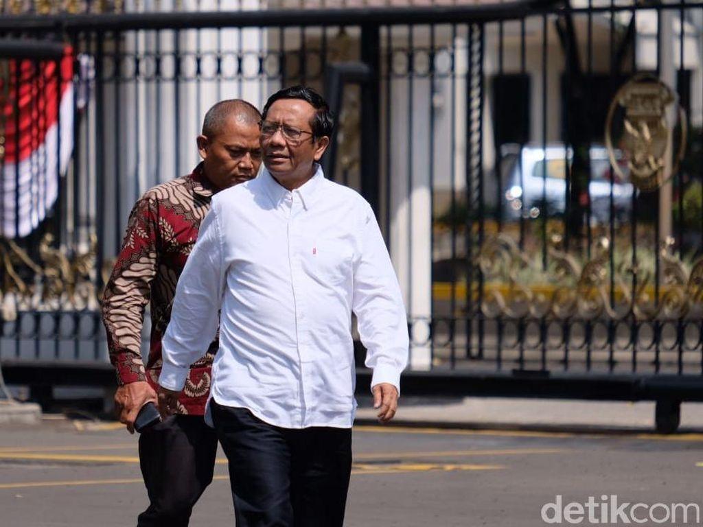 Mahfud Md: Saya Tanya ke Menteri, Tak Ada yang Tahu Surat Cekal Habib Rizieq