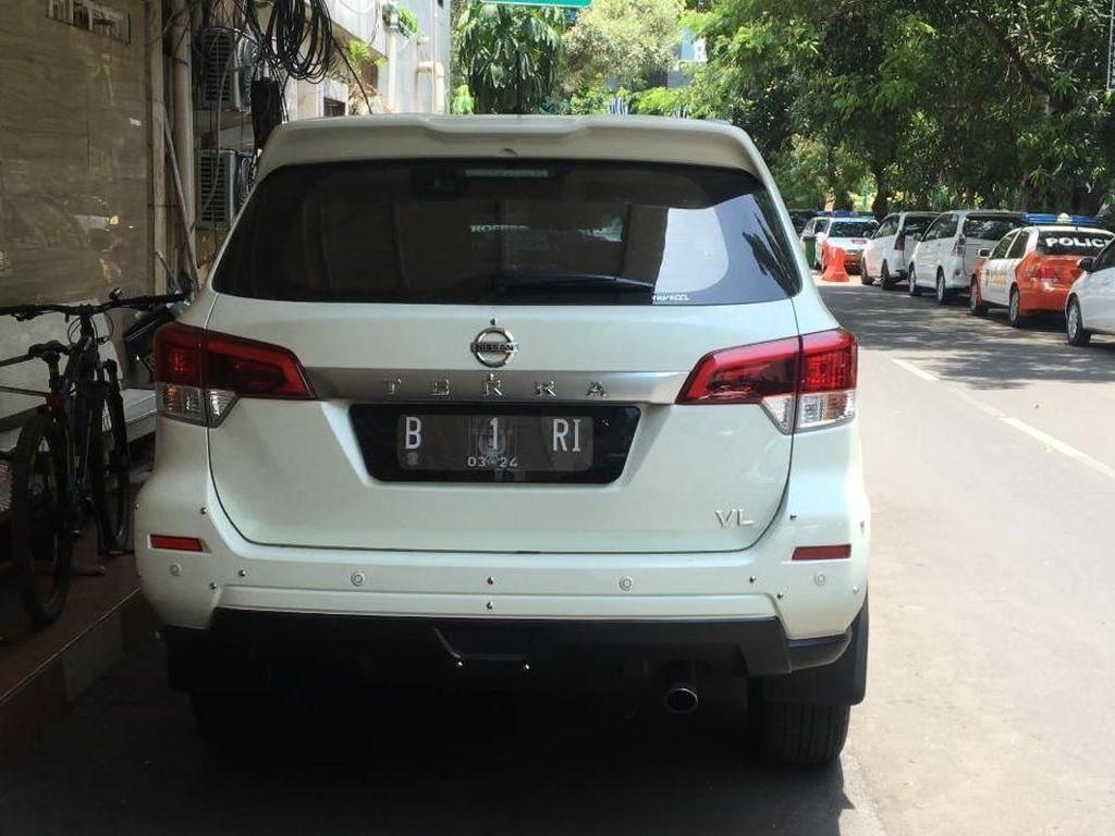 Polisi: Pemilik Mobil B 1 RI Beli Undangan Pelantikan Presiden
