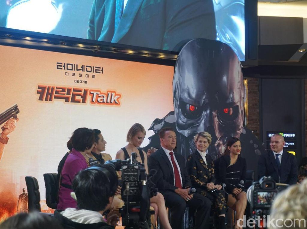 Keseruan Fan Meeting Terminator: Dark Fate di Korea Selatan