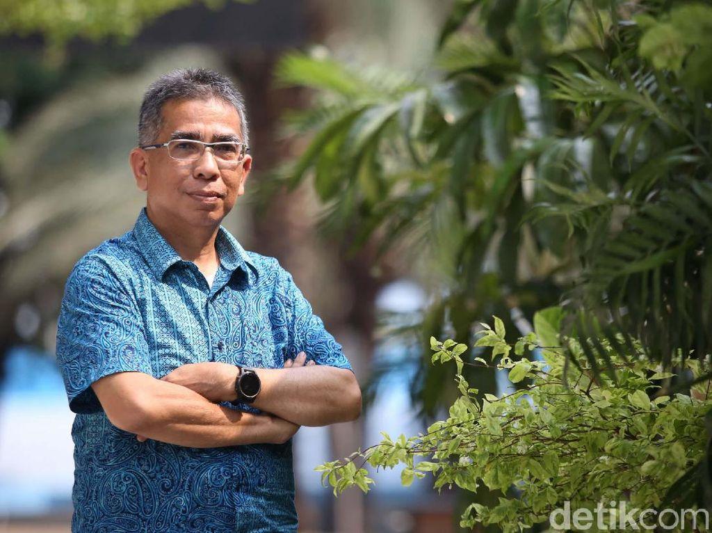 Bursa Ketum PSSI: Wawancara Benny Erwin