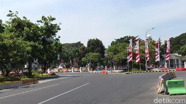Suasana di Taman Pandang Depan Istana, Senin (21/10/2019) siang.