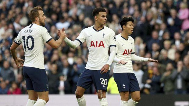 Tottenham kehilangan Harry Kane dan Son Heung Min di saat bersamaan.