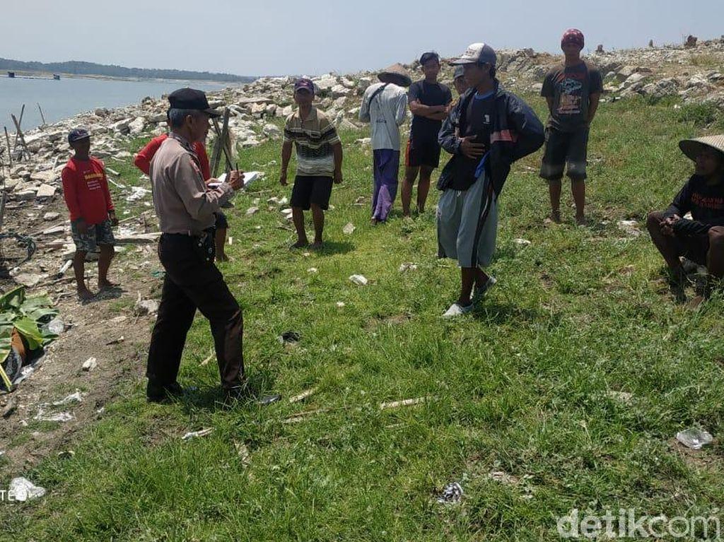 Sesosok Mayat Pria Ditemukan Mengambang di Waduk Kedung Ombo
