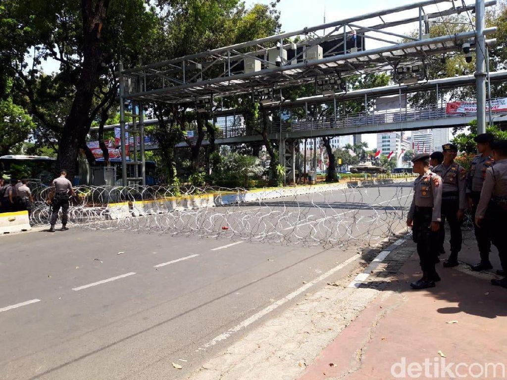 Jelang Demo Mahasiswa, Jalan di Sekitar Istana Ditutup