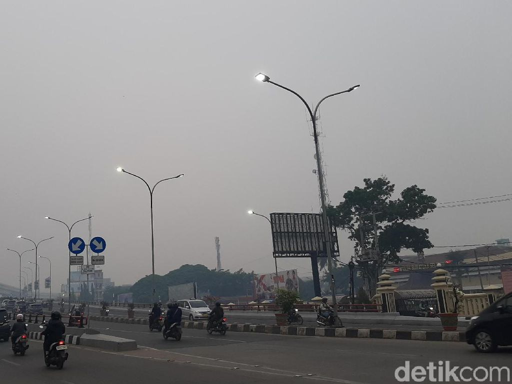Kembali Diselimuti Kabut Asap, Udara di Palembang Tidak Sehat