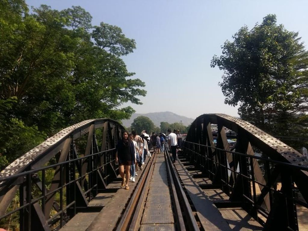Melintasi Death Railway, Jembatan Bersejarah di Thailand