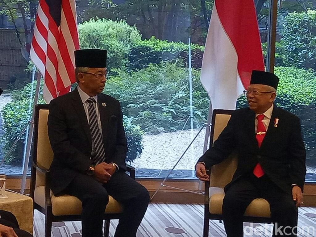 Pakai Jas, Maruf Amin Bertemu Raja Malaysia Sultan Abdullah