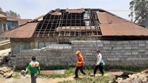 Angin Kencang Merusak 1.092 Rumah dan 11 Sekolah di Dieng