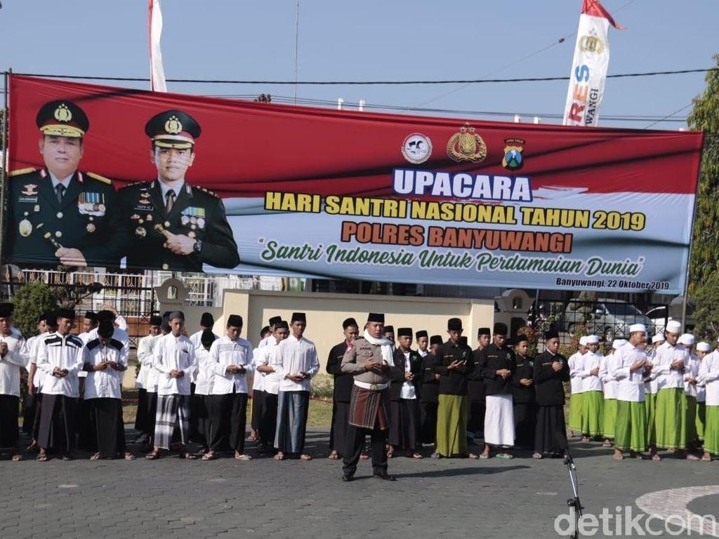 Polisi Banyuwangi Ajak Santri Bijak Bermedsos