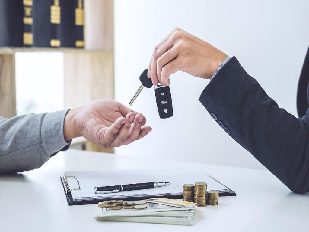 Supaya Nggak Rugi, Ini Tips Beli Mobil Secara Kredit