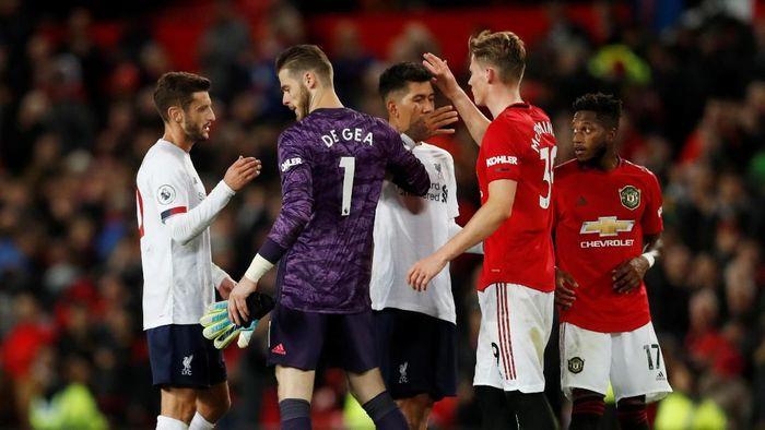 Firmino Tanggapi Kritik Soal Peluk-pelukan Pemain MU-Liverpool