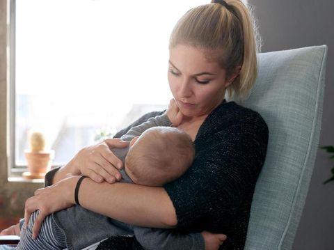 Pilihan Obat untuk Mengatasi Payudara Bengkak Saat Menyapih Anak