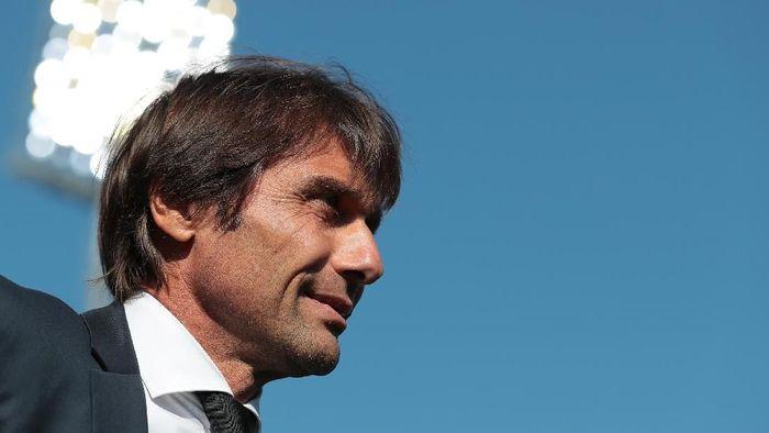 Antonio Conte takkan ubah pendekatan bermain Inter Milan. (Foto: Emilio Andreoli/Getty Images)