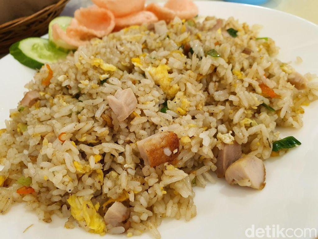 Kembang Bawang : Bukan Sekedar Nasi Goreng Biasa
