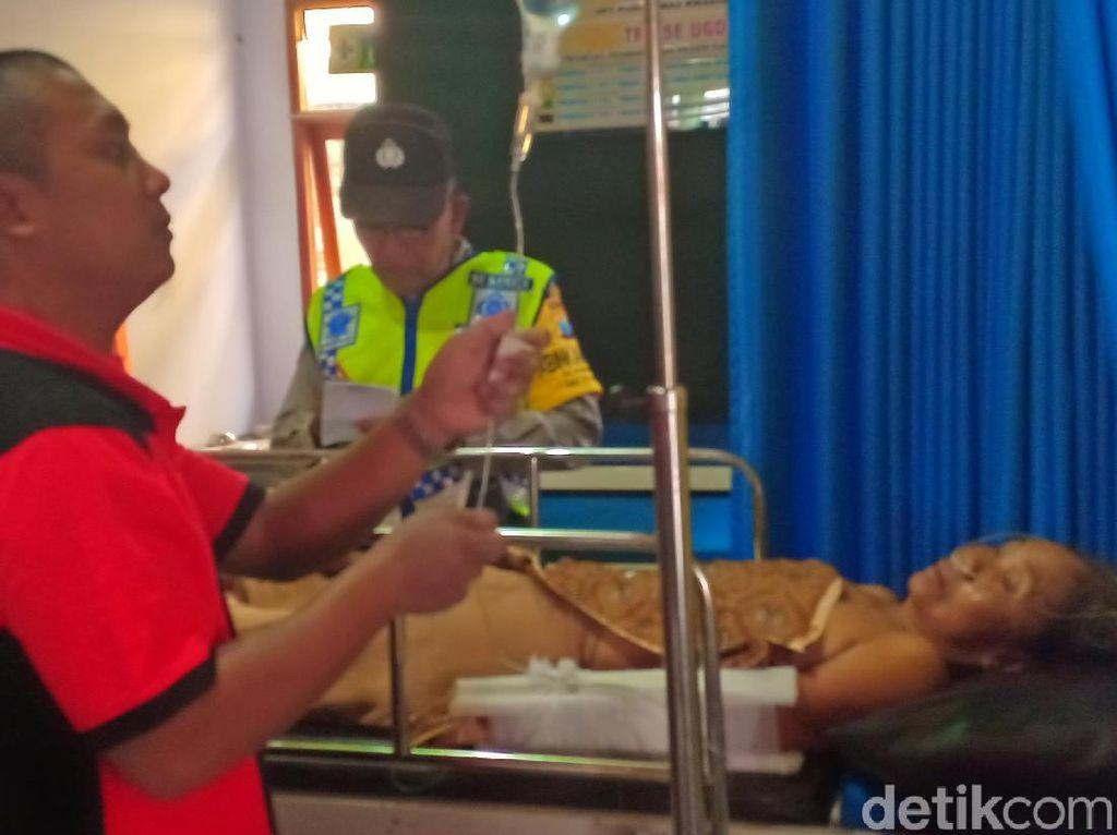 Detik-detik Truk Angkut Buruh Tani Terguling dan Tewaskan 1 Orang di Ngawi