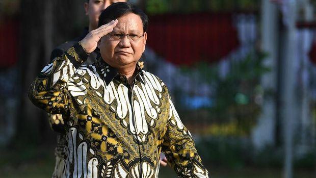 Ketua Umum Partai Gerindra Prabowo Subianto tiba di Istana Kepresidenan, Rabu (23/10/2019). Presiden Jokowi rencananya akan mengumumkan susunan kabinet pada hari ini. ANTARA FOTO/ Wahyu Putro A/pras.