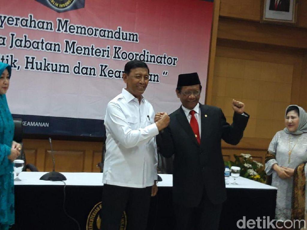 Sertijab, Mahfud Md: Sudah Dua Kali Saya Gantikan Pak Wiranto