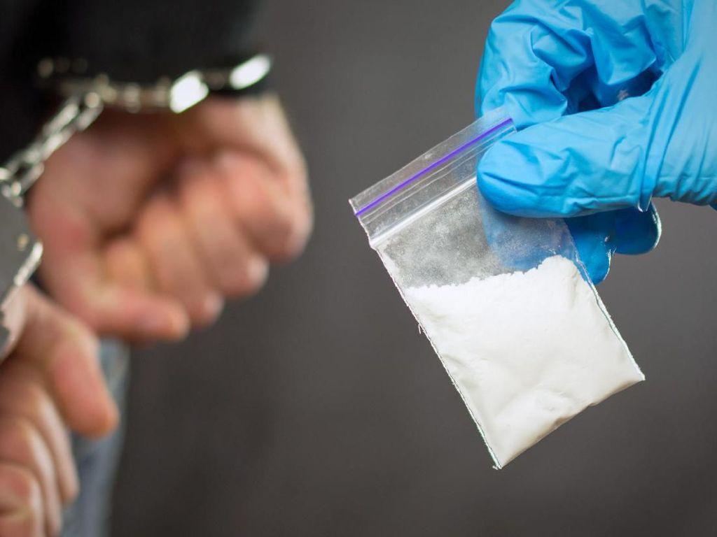 Disangka Kokain, Pria Ini Nyaris Dipenjara 15 Tahun Karena Bawa Susu Bubuk